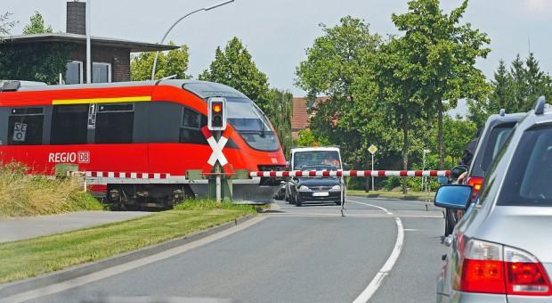 PKP PLK przeszkoliły ponad 27 tys. pracowników, by poprawić bezpieczeństwo na kolei