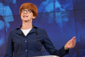 Zakaz handlu, Elżbieta Rafalska: Omijanie prawa podyktowane chęcią zysk jest niedopuszczalne