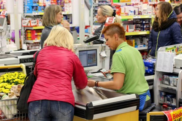 Związkowcy z Biedronki: Gdyby sieć zainwestowała w pracowników, jej sprzedaż byłaby znacznie wyższa