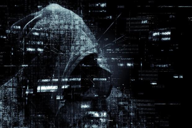 Firmy boją się cyberataków. Cyberbezpieczeństwo coraz bardziej przypomina wyścig zbrojeń