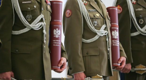 Prezydent wręczy awanse generalskie