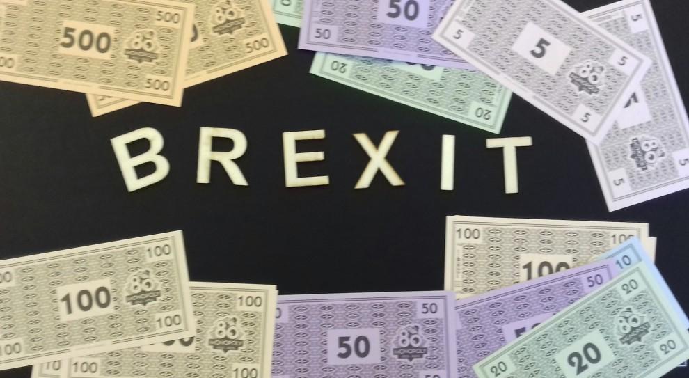 Brexit. Europa nadal migruje na Wyspy, ale tempo spadło