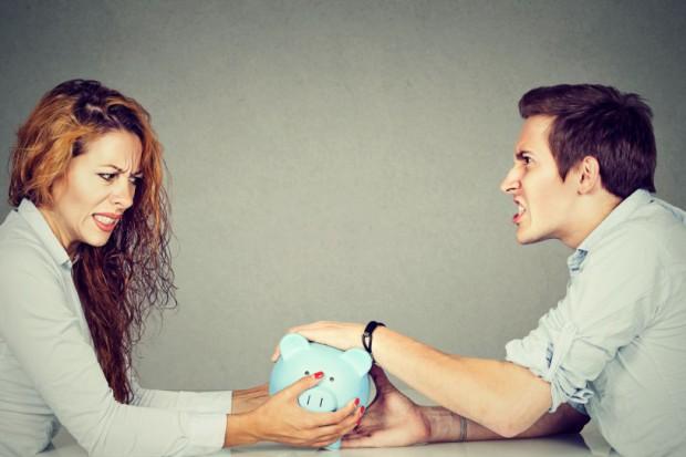 Bank ujawnia wielkie dysproporcje w zarobkach mężczyzn i kobiet