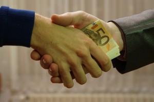 Światowy Barometr Korupcji: Polska zajęła gorszą pozycję. Przed nami Botswana i Brunei