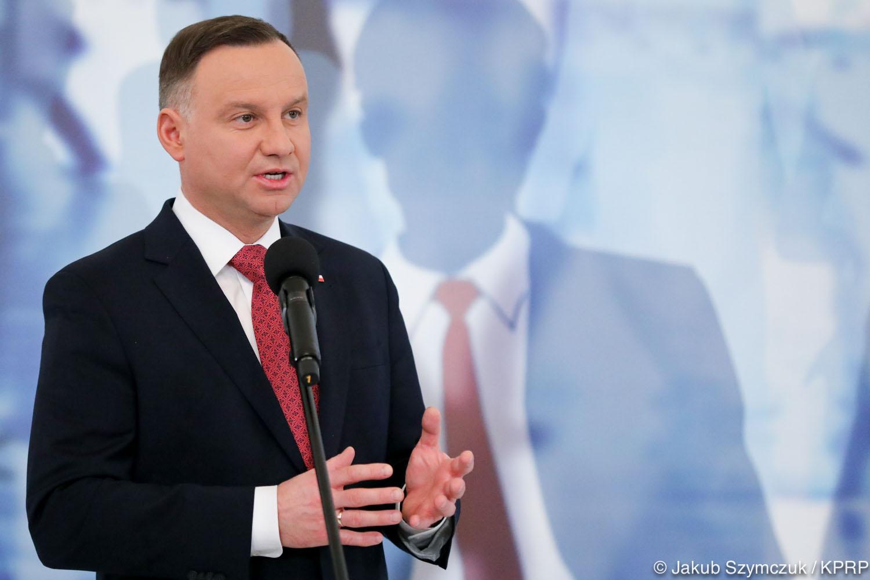 Prezydent dziękował laureatom konkursu za to, że przyczyniają się do budowania nowoczesnego państwa (Andrzej Duda, fot. prezydent.pl/Jakub Szymczuk)