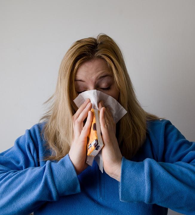 Nie tylko ZUS może sprawdzić stan zdrowia pracownika. Kontrole mogą się również odbyć na wniosek pracodawcy. Jednak, taki przywilej mają jedynie przedsiębiorstwa, które są płatnikami składek na ubezpieczenie chorobowe oraz zgłaszają do ubezpieczenia chorobowego powyżej 20 ubezpieczonych.(fot.pixabay.com)