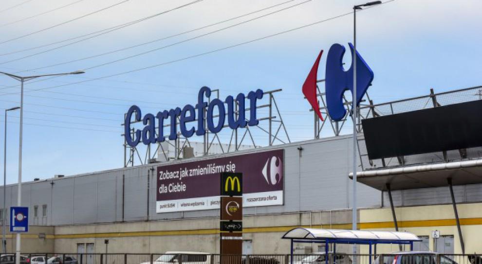 Zakaz handlu w niedziele. Jakie zmiany czekają pracowników Carrefoura?