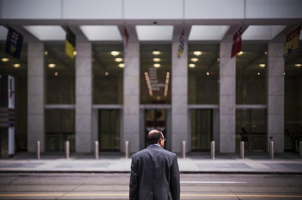 Brak zaangażowania może sprawić, że pracownik zdecyduje się na odejście z firmy (fot. Pixabay)