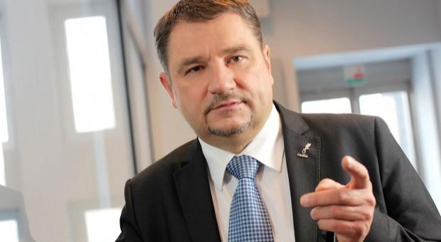 Piotr Duda: Trzeba doprecyzować zapis o pracy zmianowej, by więcej osób miało wolne niedziele