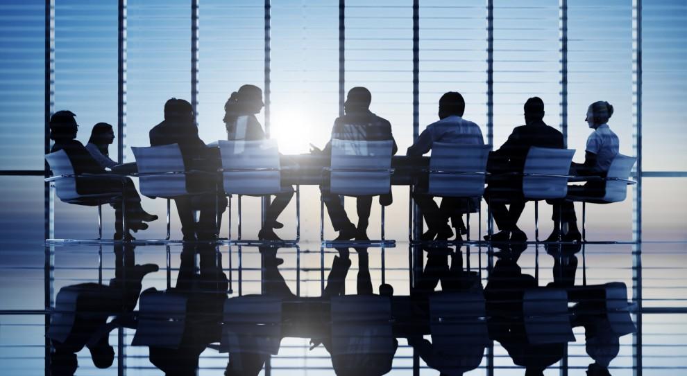 Zarządzanie: W większości spółek HR jest traktowany narzędziowo i transakcyjnie