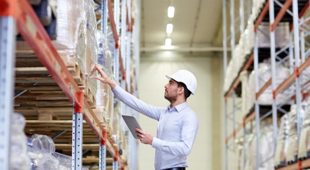 Logistyka cierpi na braku rąk pracy