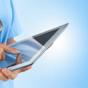 Lekarz wystawi pacjentowi receptę przez internet
