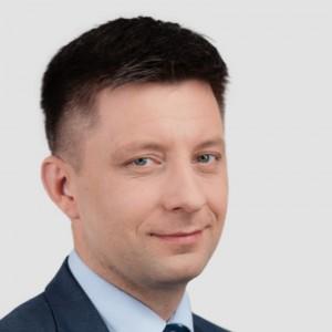Ustawa o służbie cywilnej: Zmiany w systemie wynagrodzania urzędników
