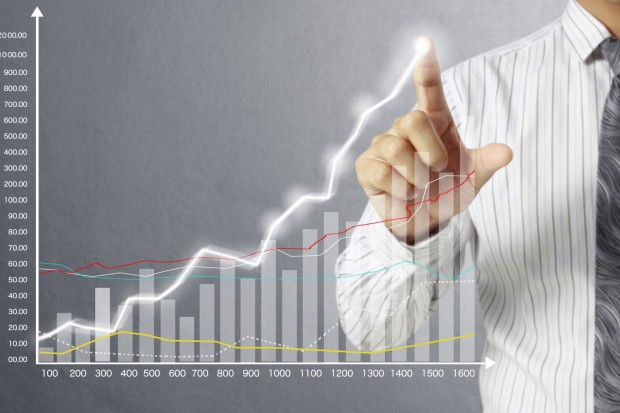 Firmy inwestują coraz więcej, ale jest niedosyt
