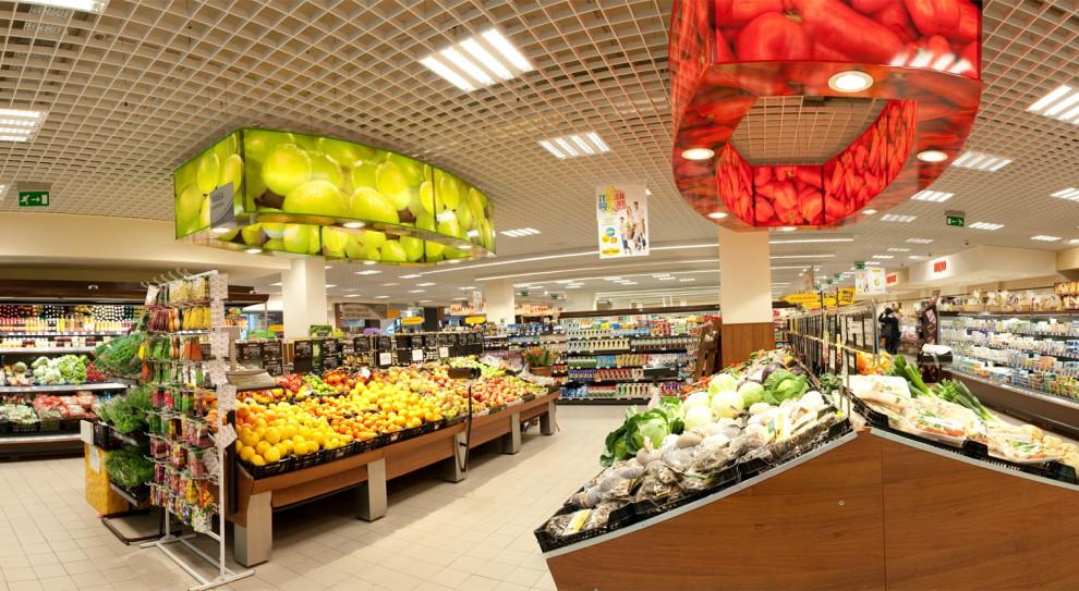 Biedronka i Carrefour zainteresowane sklepami Piotr i Paweł