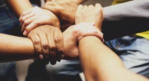 Zarządzanie w czasach pandemii oparte na zaufaniu i komunikacji