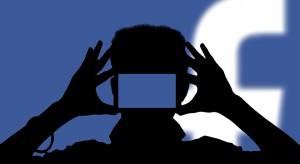 Prezes i członkowie zarządu Facebooka do wymiany?