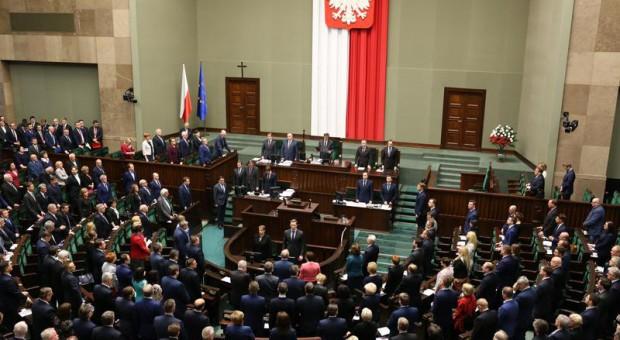 Mniejsza dieta dla posła za naruszenie powagi Sejmu
