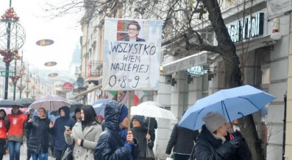 Nauczyciele i pracownicy oświaty będą protestować