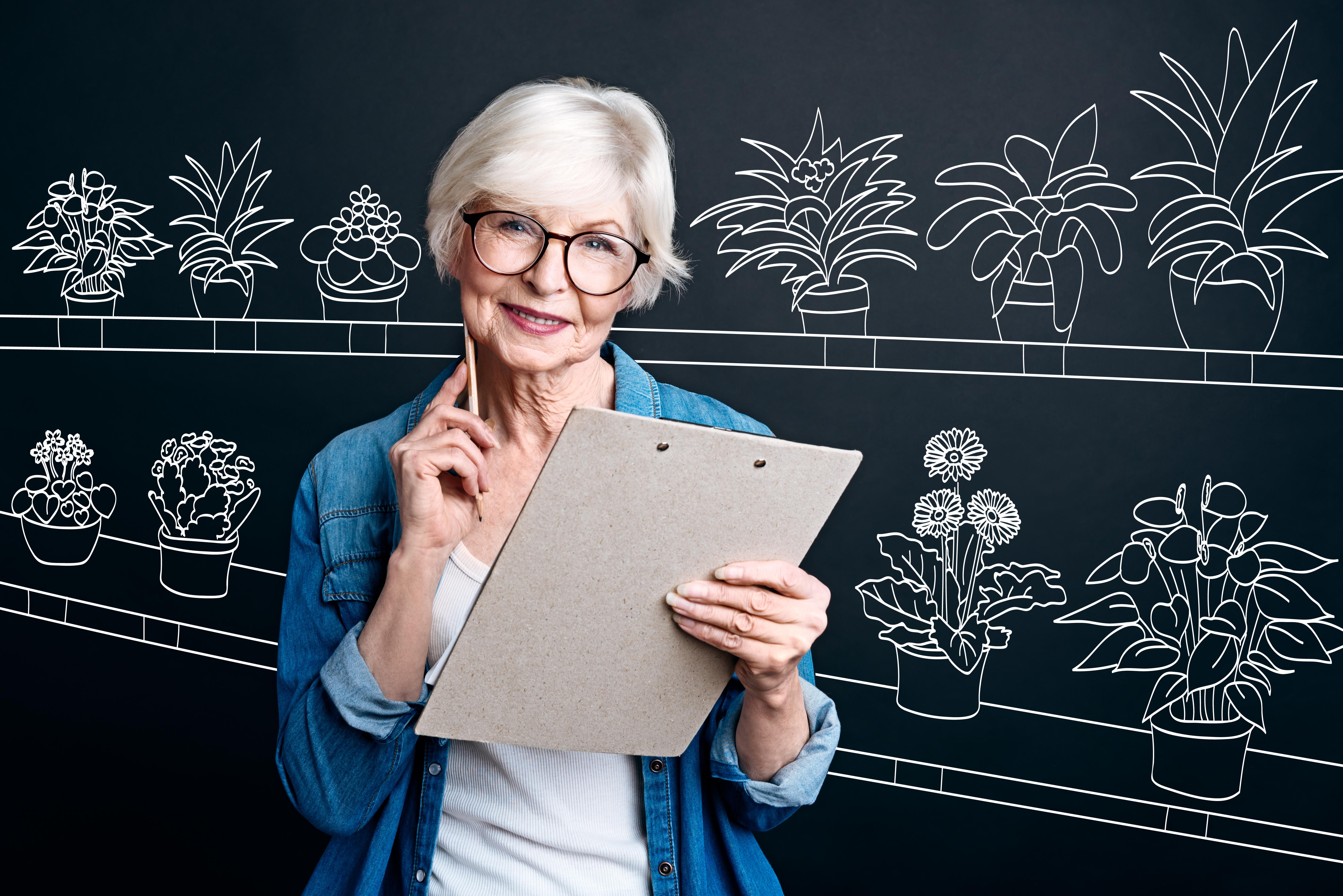 Zatrudnienie seniorów wiąże się z zastosowaniem innowacyjnych praktyk i zasad sprzyjających dłuższej aktywności zawodowej. (Fot. Shutterstock)