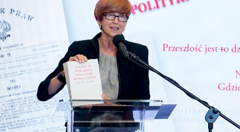 Elżbieta Rafalska: Kobiety nie chcą pracować za parę groszy za godzinę