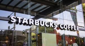 Starbucks w opałach. Zachowanie menedżera wywołało protest