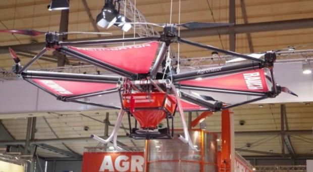 Dron najlepszym pomocnikiem rolnika?
