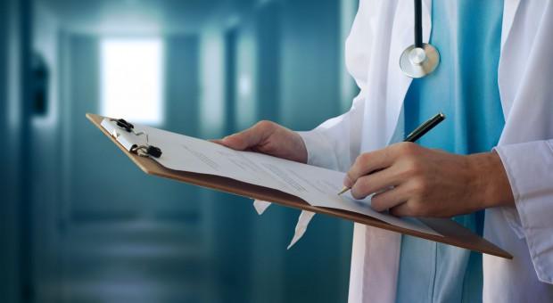 Dr Filip Diks: Cyfryzacja służby zdrowia skróci czas na biurokrację
