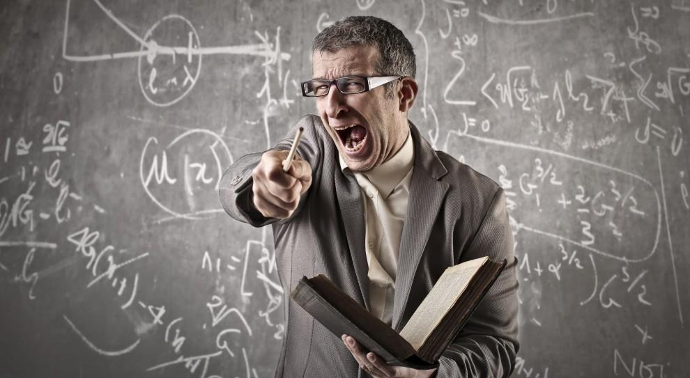 Uczniowie biją i obrażają nauczycieli. Pedagodzy przejdą kurs przetrwania