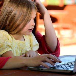 Chcą ułatwić łączenie studiowania i rodzicielstwa