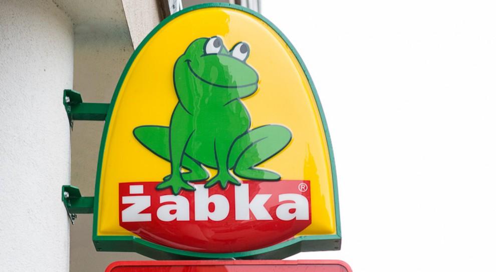 Żabka ma sposób by ominąć zakaz handlu. Zmieni się w pocztę