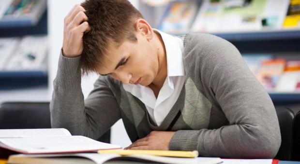 Koniec ze zdawaniem egzaminu za kolegę. Studenci protestują