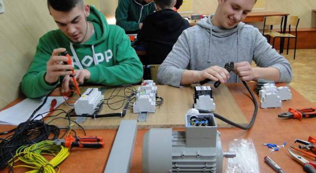 100 szkół wzięło udział w projekcie kształcenia kadr dla energetyki