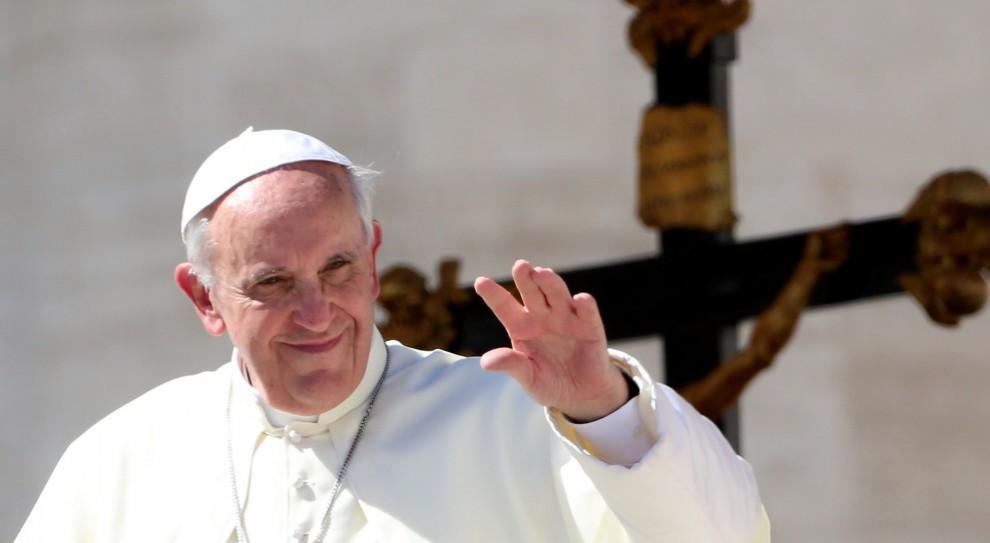 Papież: godność człowieka ściśle związana jest z pracą