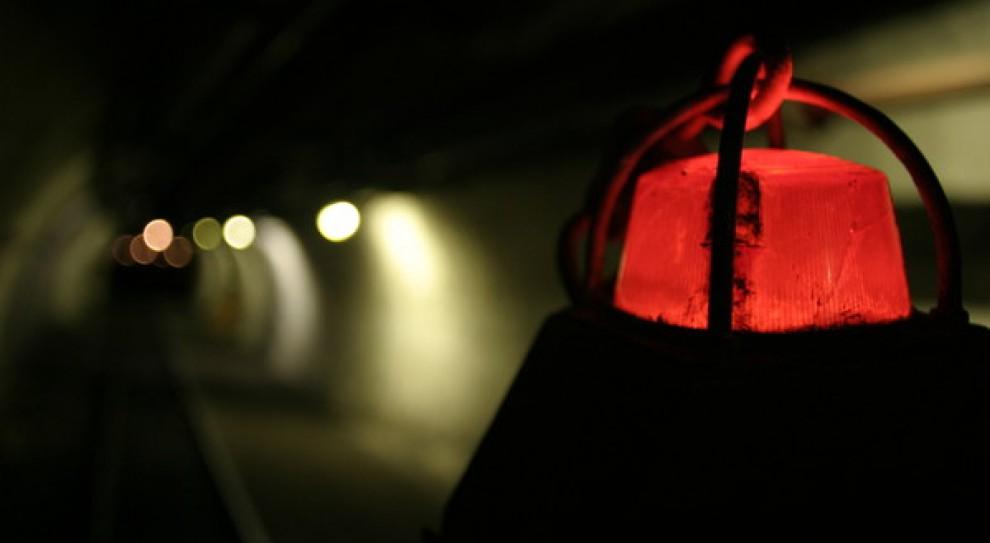 Akcja ratownicza w kopalni Zofiówka. Trzej górnicy nadal poszukiwani