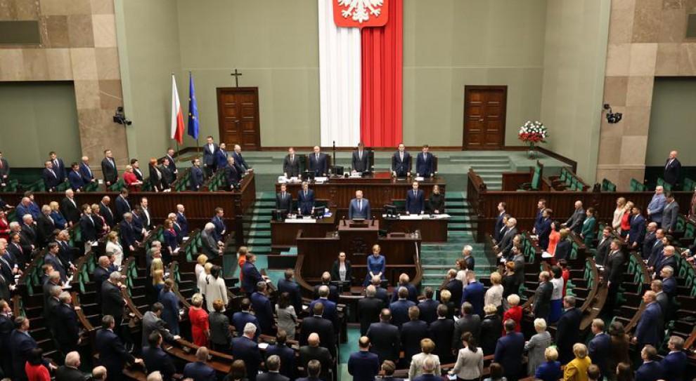 """Poseł musi """"się zachowywać"""" nie tylko w Sejmie"""