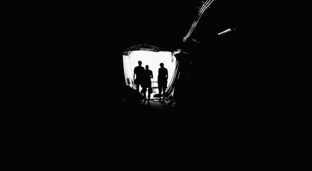 Kopalnia Zofiówka: Ratownicy  poszukują źródła sygnału z górniczej lampki