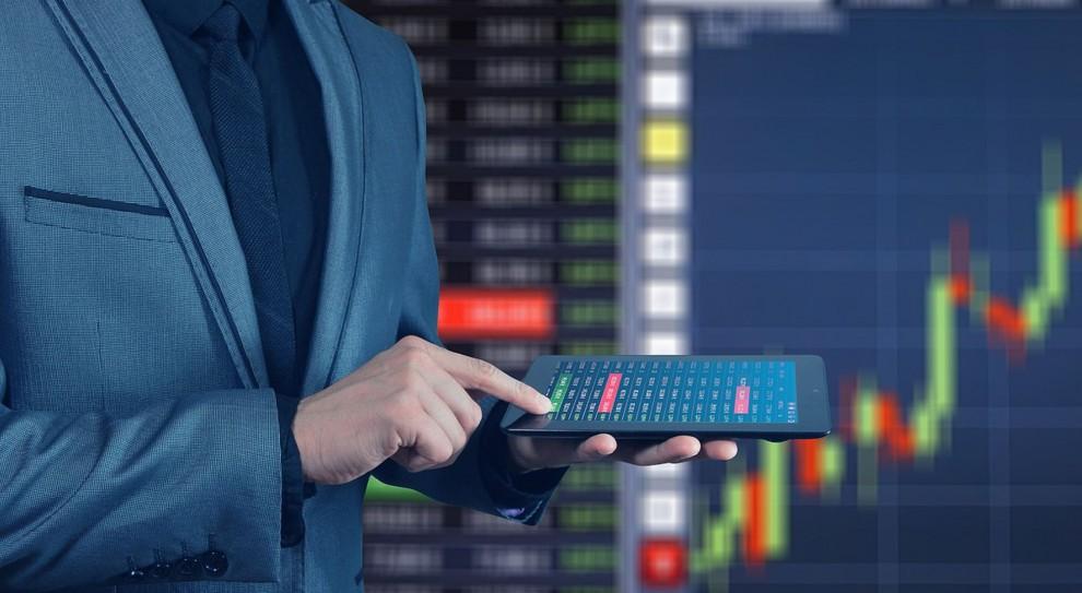 Praca i zarobki w controllingu: Ile zarabia kontroler finansowy, a ile dyrektor ds. controllingu?