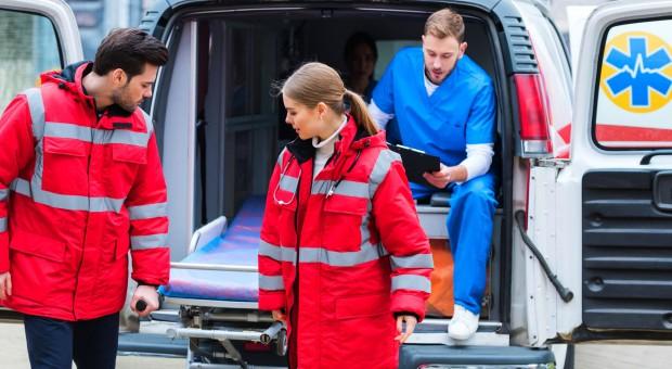 Ratownik zginął w wypadku karetki pogotowia
