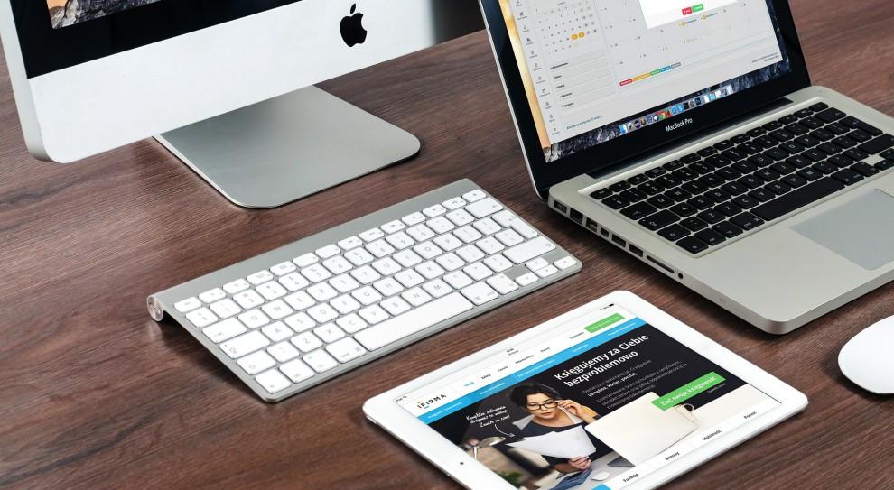 """Czy laptop albo tablet to """"monitor ekranowy""""? Co z dofinansowaniem na okulary?"""