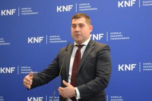 Artur Granicki dyrektorem nowego departamentu innowacji finansowych w UKNF