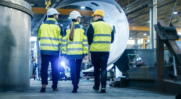 Stopa bezrobocia w dół, a polska gospodarka w tarapatach? Deficyt kadrowy rośnie za szybko