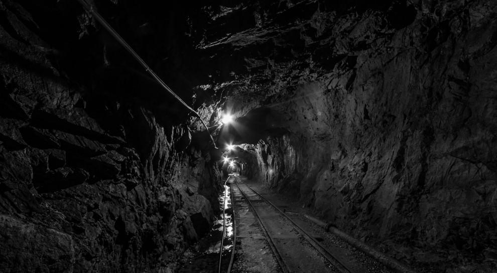 Kopalnia Zofiówka: Ratownicy szukają trzeciego górnika