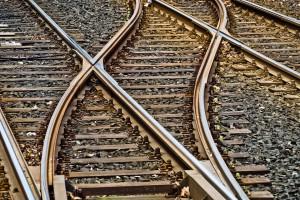 Związkowcy chcieli całkowicie sparaliżować ruch pociągów. Prawie się udało