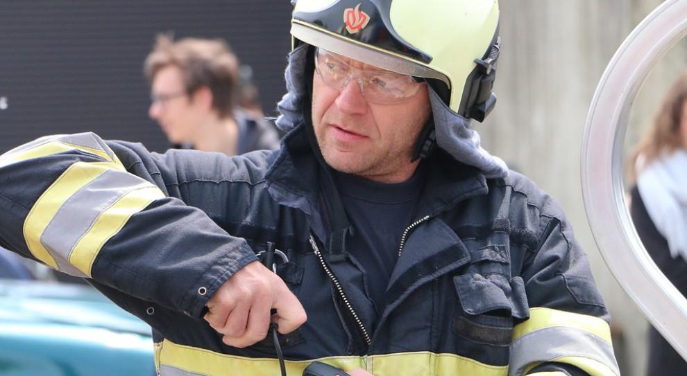 Płonie Lidl w Radomsku. Zawalił się dach sklepu