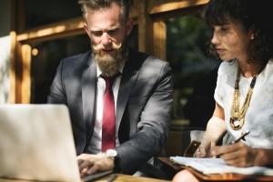 Reverse mentoring to rzeczywistość w wielu firmach