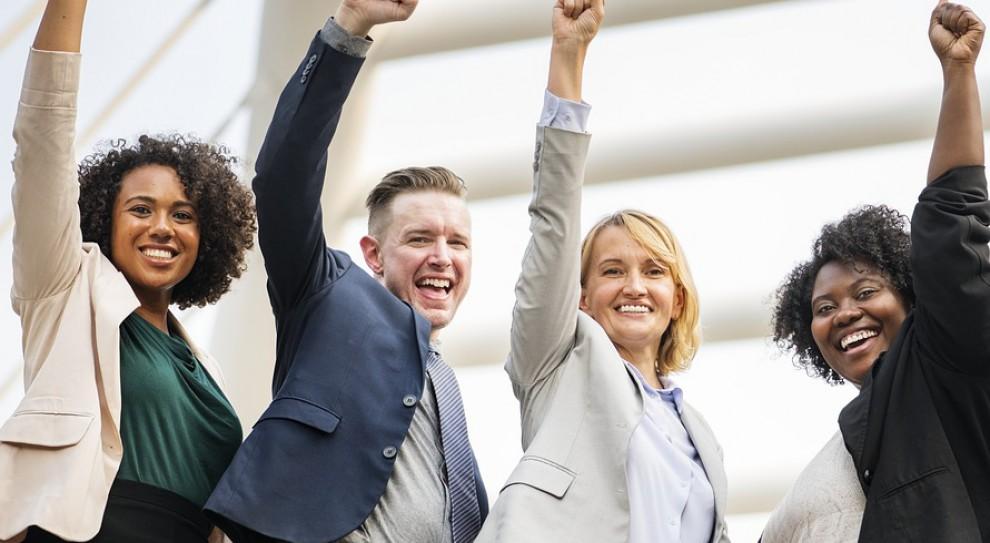 Atmosfera w pracy częściej liczy się dla młodych, dla starszych – ciekawe zadania  i stabilność