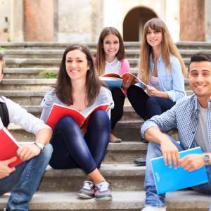 Maturzyści zdają egzamin z języka francuskiego