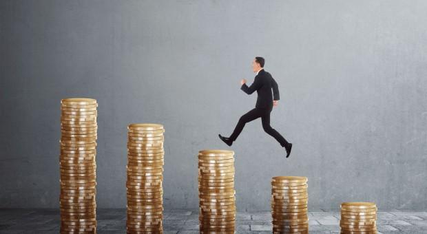 Wynagrodzenia poszły w górę. Ile wynosi średnia krajowa?