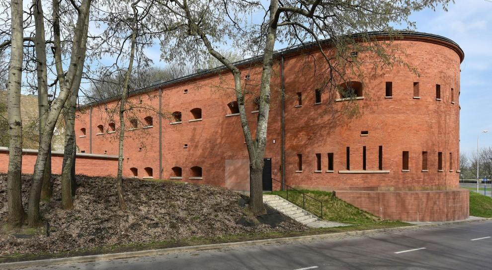 Dyplomci rozpocznął służbę od wizyty w Muzeum Katyńskim